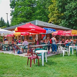 Restaurant Covagne in Morillon Lac Bleu is a popular choice in Summer or Winter